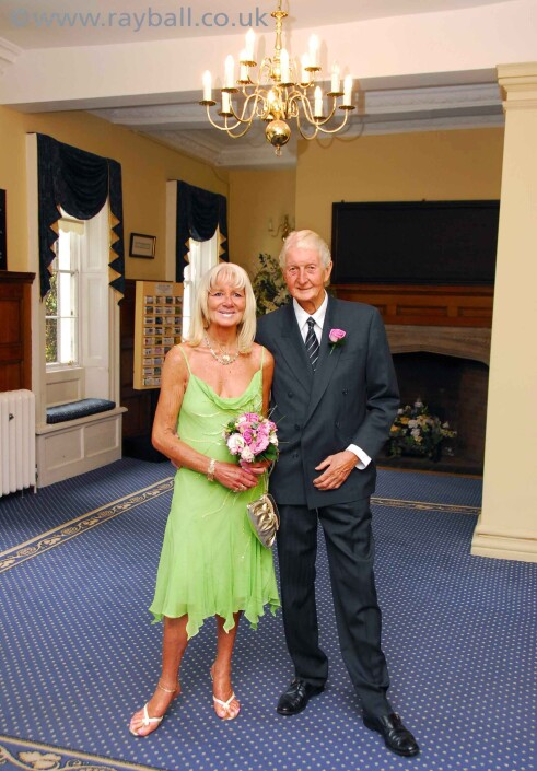 Belmont couple at Leatherhead Registry by Epsom Photography Surrey