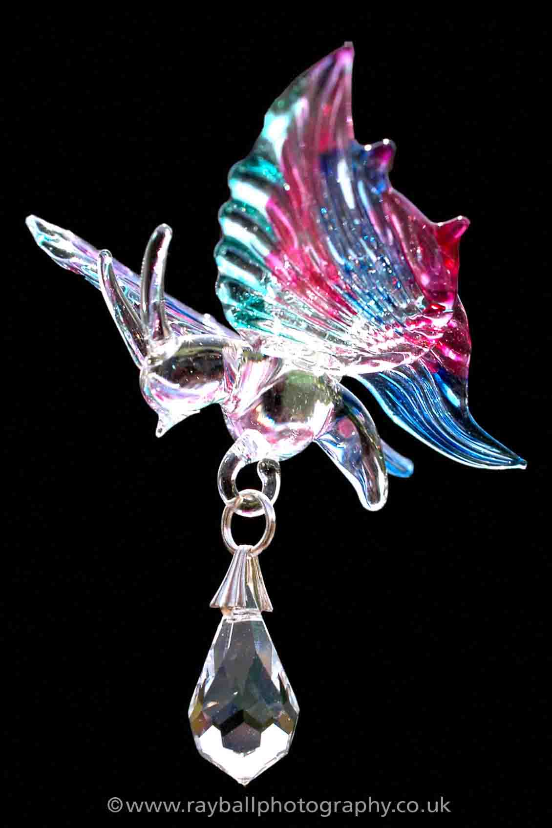commercial-photograph-of-pretty-glass-pendant-from-Oxshott-Surrey-by-Epsom-Photography. Epsom