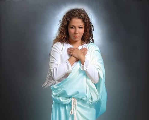 Wimbledon girl modelling as biblical character.